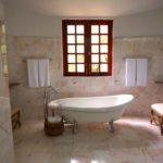 お風呂の床のリフォーム!床材の選び方や費用をお得にするには?